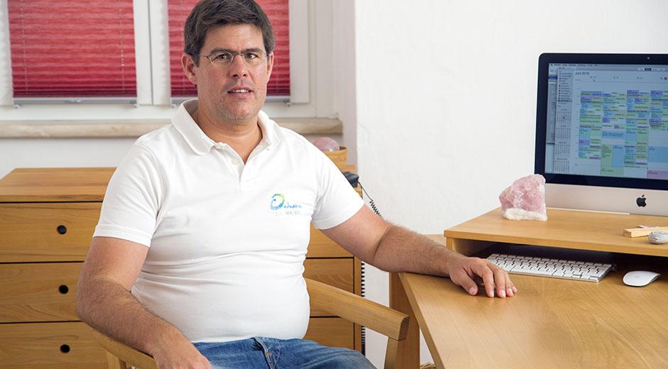 Dr. Thomas Waibel